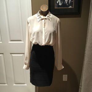 Tops - Stud collar top